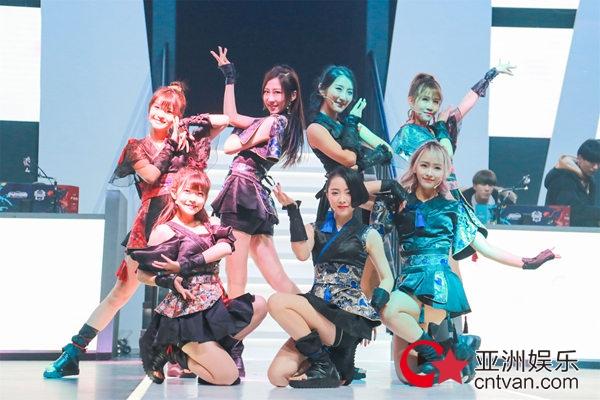 国风女团SING接棒韩国超人气组合T-ara,热舞助阵LOL冬季赛