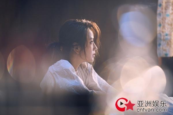 何洁新歌《破冰》MV先导片发布 在冰与火中砥砺前行