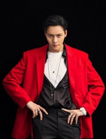 陈伟霆时尚写真发布 尽显熟男绅士魅力