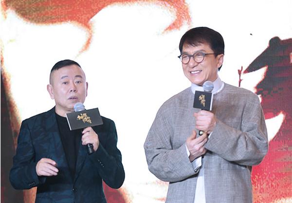 成龙批年轻演员  不是杨幂黄子韬难道是他?