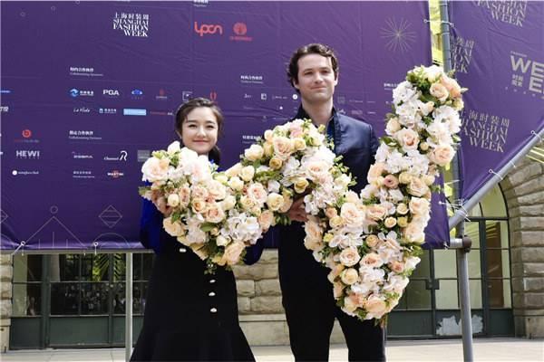 李兰迪助阵上海时尚周末 分享独特时尚理念