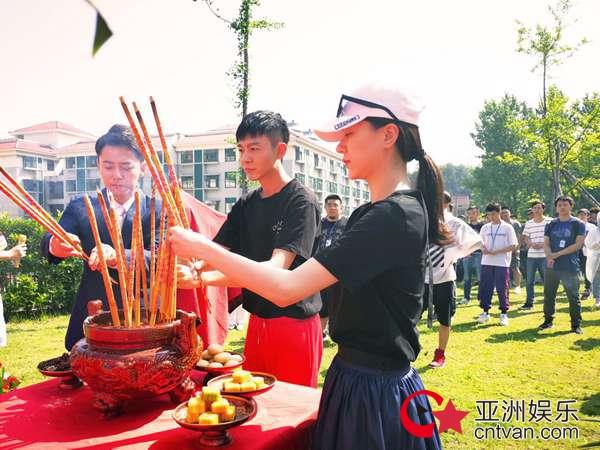 刘文翰亮相电影《大武师》开机仪式 化身民族英雄苦练形意拳