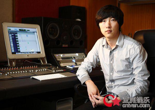 中国好声音学员黄霄雲新歌《打开》杨硕担任音乐制作人