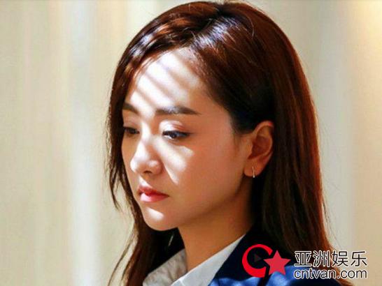 杨蓉回应整容  她竟然大胆承认了?