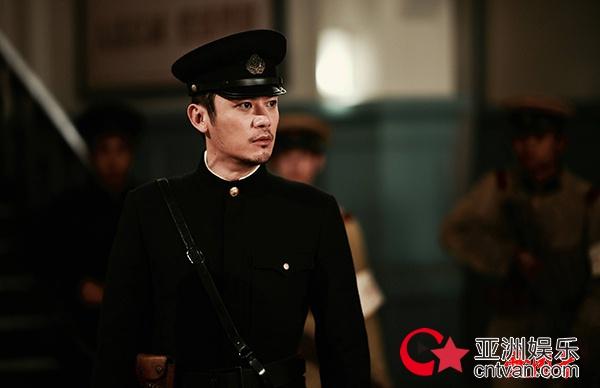 """芦芳生发文称角色要""""黑化""""  《爱国者》岸谷雄一压力过大进医院"""