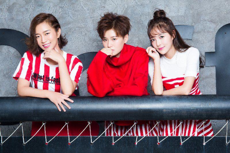 时尚女团COOKIE GIRLS新单热力上线 挑战复古新潮流