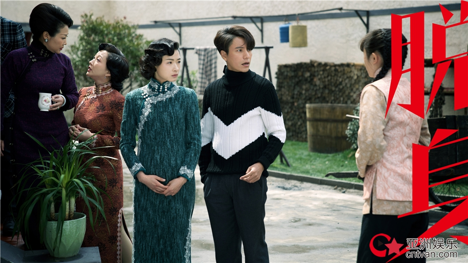 《脱身》进入爆发性高潮阶段  陈坤万茜携手共患难