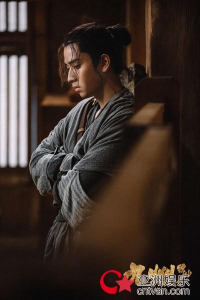 陈若轩《九州缥缈录》历时九月终杀青 姬野剧照曝光引关注