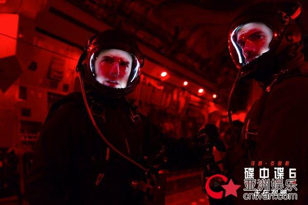 《碟中谍6:全面瓦解》曝超长幕后纪录片 人类最强动作片竟是这么拍出来的