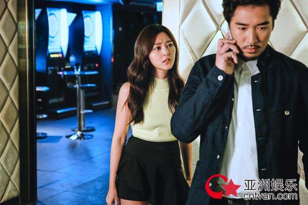 许靖韵全新单曲《事与愿违》MV上线 卫诗雅友情出演女主角