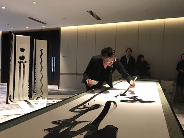 Super Art Bus驶进鸟巢 马兴文·马迹2019北京发布