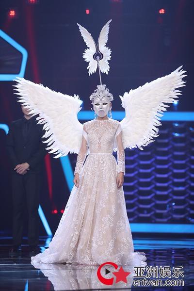"""""""胆大的超级模特""""苏运莹化身女神 完美呈现经典曲目"""