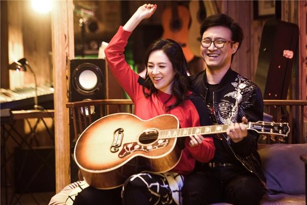 《妻子的浪漫旅行2》今日开播 章子怡汪峰甜蜜亲吻超恩爱