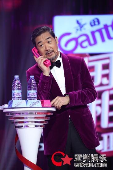 东方卫视《中国新相亲》第二季女生家庭版欢乐多,张国立遭遇妈妈追星团