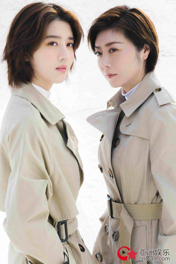 李凯馨携手母亲拍摄雪地大片  母女神同步视角温馨唯美