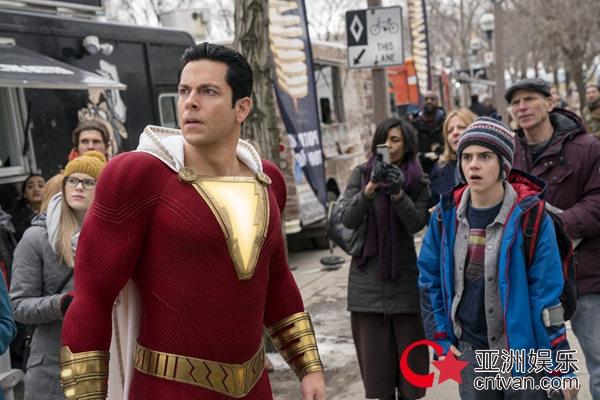 """《雷霆沙赞!》烂番茄95%开局创DC宇宙最佳  海外媒体怒赞电影""""笑疯了"""""""
