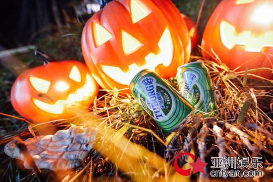 乐堡啤酒疯耍重庆草莓万圣奇幻派对,收割山城尖叫