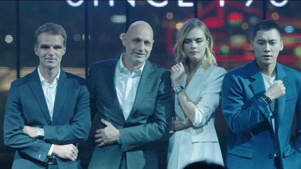 泰格豪雅品牌大使卡拉·迪瓦伊和李易峰为第五款限量版腕表揭幕