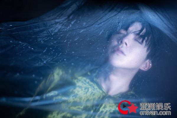 摩登兄弟刘宇宁亲自出演《啊默契》MV 首张专辑《十》创造华语乐坛新声量