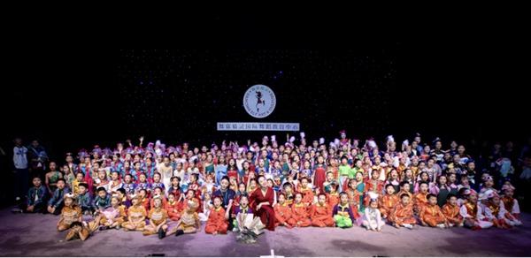 梅兰芳大剧院举办儿童文艺汇演 彰显少儿风采