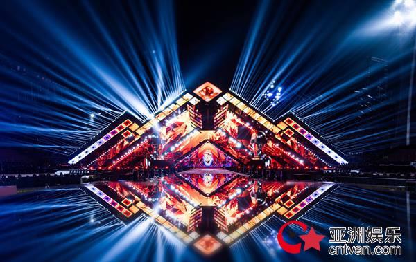 """""""情怀与科技""""感完美融合 湖南卫视2019-2020跨年演唱会海口嗨唱"""