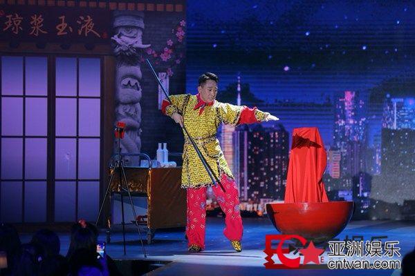 《欢乐喜剧人6》十强争夺激烈  张霜剑叶逢春绽放默剧光彩