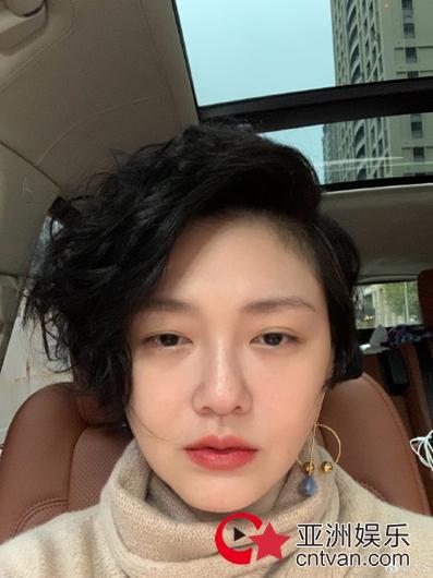 汪小菲说大S短发是洗剪吹 网友:一看就是亲老公!
