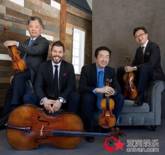 华裔演奏家涉不当言论被解聘