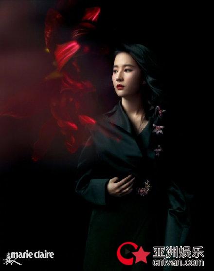 刘亦菲繁花写真曝光 又酷又飒人比花娇