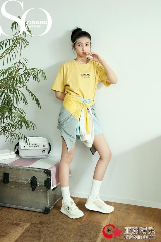 张子枫最新代言高清大片曝光 青春甜酷风开启清爽一夏