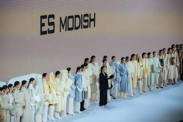 """原创服装品牌""""柠檬绿茶""""""""ES MODISH""""聚首SUN IN SKY第七届发布周"""