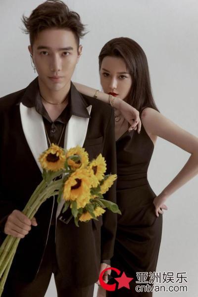 歌手朱怡清/诗麒 推出原创新作《爱你因为你》腾讯独家上线