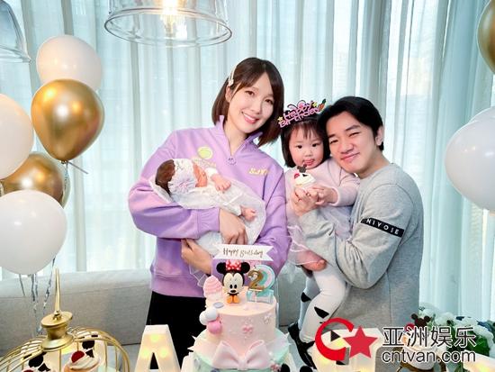王祖蓝喜上添喜 幸福官宣二胎三个女人一台戏