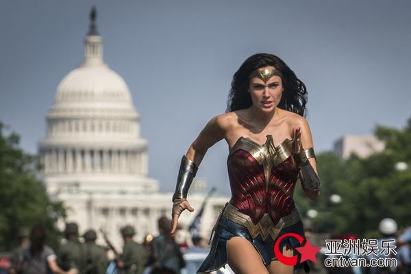《神奇女侠1984》主题观影场温情开启  动人情感、女性力量治愈观众
