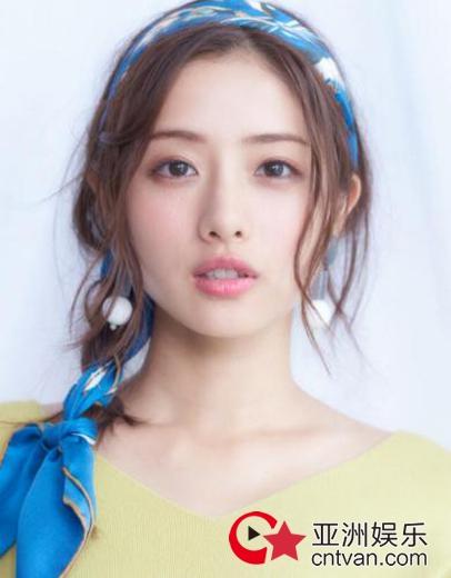 日本女艺人石原里美已于去年领证 石原里美美照大全