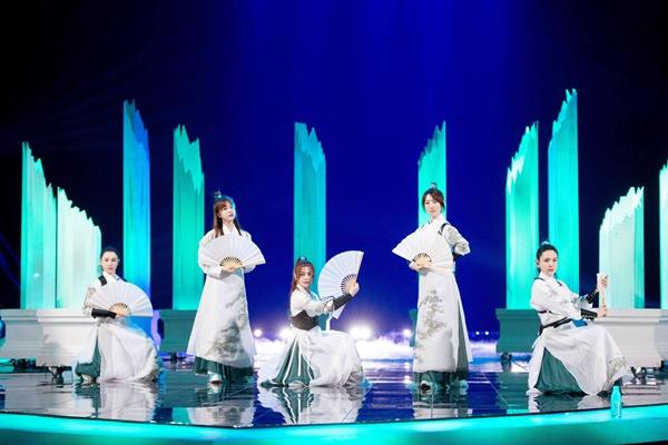 《姐姐2》二公造型曝光  张柏芝古装造型胡静公主切