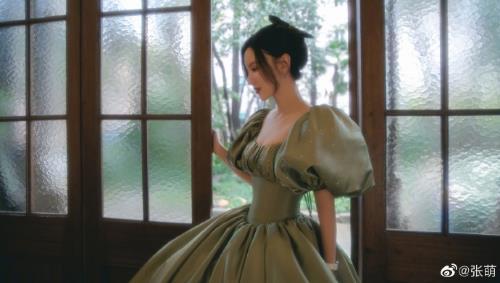 张萌谈女性身材焦虑 澄清为穿裙子取掉肋骨传言