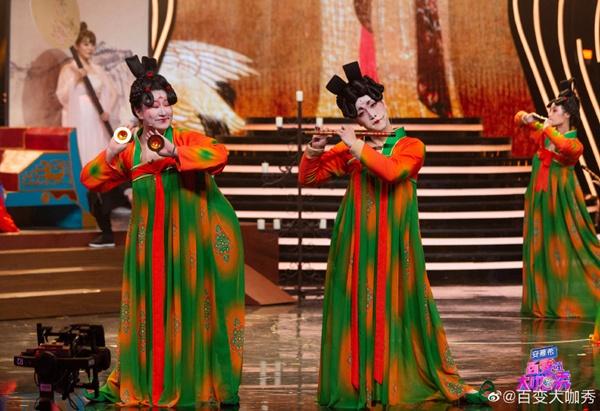 刘嘉玲重磅现身 锤娜丽莎、张海宇化身唐朝美人 《百变大咖秀》收视再夺双网第一!
