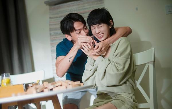 李靖筠全新单曲《差⼀些什么?》温情上线 触碰爱情世界中的矛盾区域